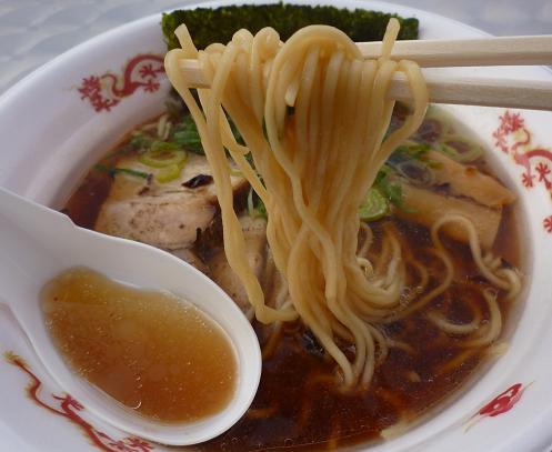 『地雷源』@お台場ラーメンPARK 「我流旨味ソバ」麺リフト
