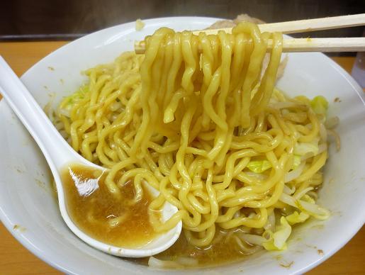 『ラーメン ○菅』 ラーメン(ニンニク少なめ・麺リフト)
