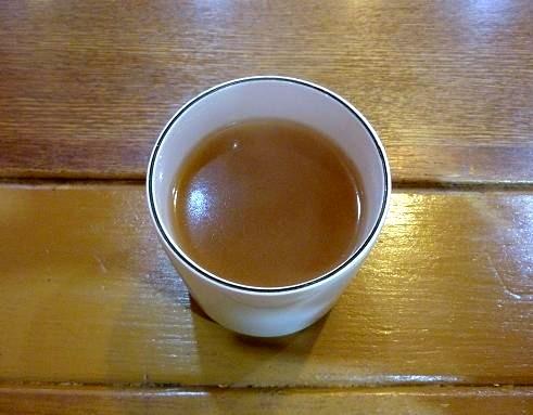『葛冷麺』 セルフサービスのスープ(一人二杯まで無料)