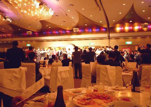 『雷文』20周年記念パーティー(ラーメン店主が合唱)