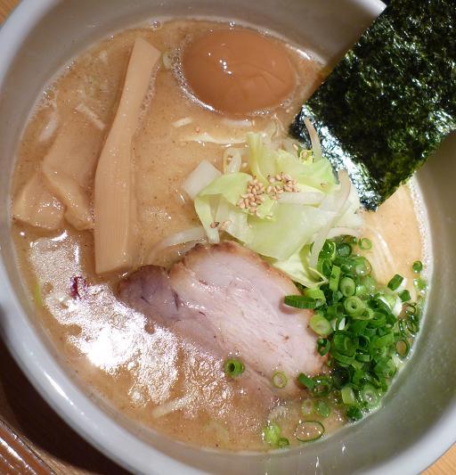『我武者羅』 コク塩+半熟味玉(アップ)