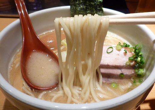 『我武者羅』 コク塩(麺リフト)
