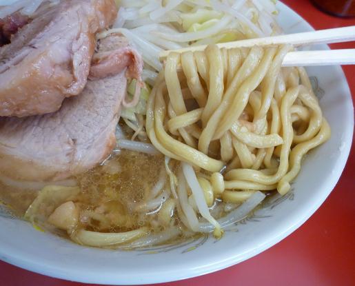 『ラーメン二郎 小岩店』 小ラーメン(麺リフト)