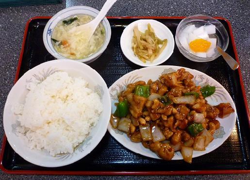『海華 青砥店』 Cランチ「鶏肉とカシューナッツ炒め」730円