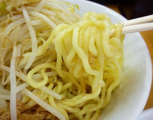 『○菅』 つけ麺(ニンニク) 麺リフト