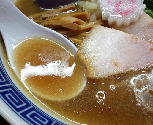 『麺や ポツリ』 味玉中華そば(並) スープ