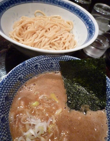 『俺の麺 春道』 つけ麺(並・アップ)