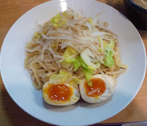 『つけ麺 Nijinoito』 ワイルドつけ麺の麺(200g+サービスの味玉)