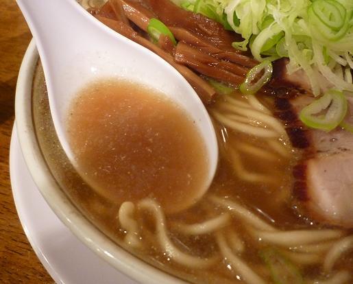 『中華そば つし馬』 バリ煮干しそば (スープ)