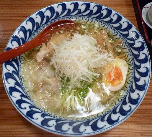 『ラーメン武藤製麺所』 4分の3わんたんとり塩めん(750円)