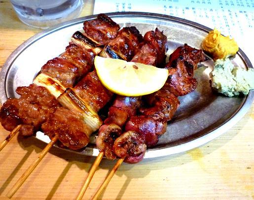 『鳥升』 鶏レバーと豚ハラミ(塩)