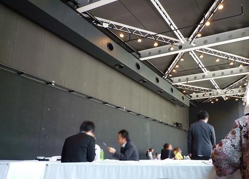 「最強ラーメン烈伝 in 赤坂サカス」 屋内飲食席