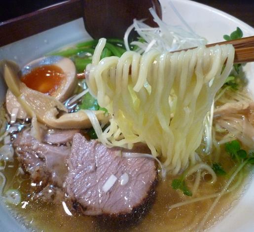 『麺屋 なごみ』 塩そば(麺リフト)