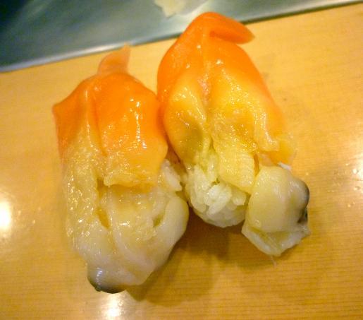 『栄寿司』 青やぎ(1貫100円)