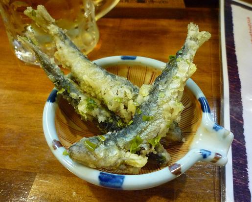 『居酒屋 暁』 稚鮎の唐揚げ(お通し)