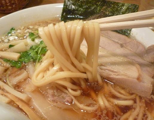 『らーめん 雅ノ屋』 醤油わんたんめん(麺リフト)