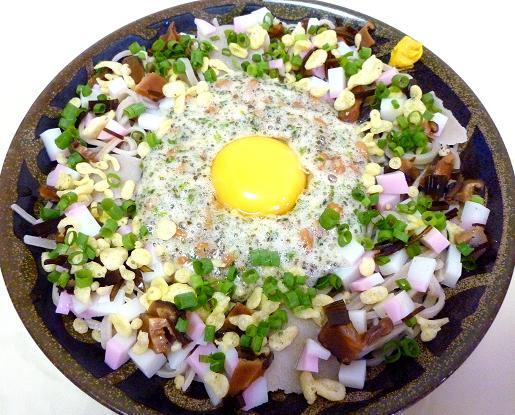 手打ち蕎麦で作る「納豆月見蕎麦」