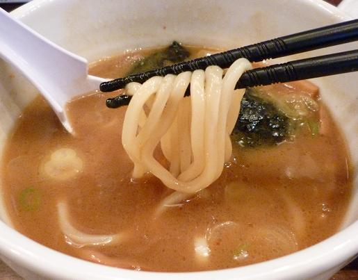 『つけ麺 表裏』 つけ麺(醤油・昼の部) 麺リフト