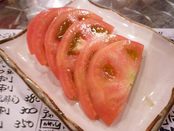 『地魚屋台 とっつぁん』 冷しトマト(200円)