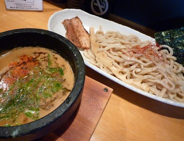 『つけ麺 ぎんや』 海老風味味噌(850円)