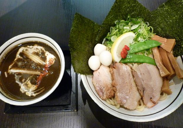 『麺の坊 晴ればれ』 大人のブラックカレー(1200円)