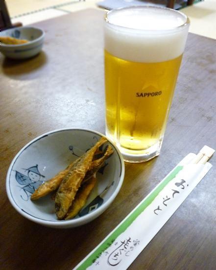 『喜ぐち』 生ビール(580円)とお通し