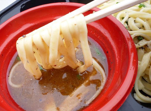 『川越達也×頑者@大つけ麺博(2010秋)』 W川越コラボナーラ(女子盛り・麺リフト)