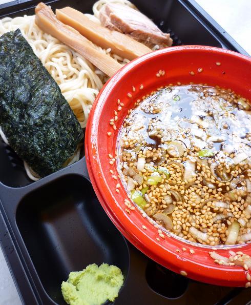 『西尾中華そば@大つけ麺博 in 浜松町』 特上魚介ダシと鶏のつけ麺(女子盛り・アップ)