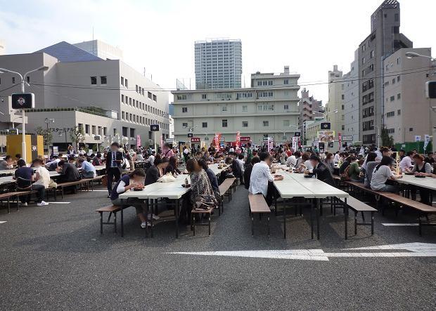 「大つけ麺博@浜松町」 平日昼14時台の客席