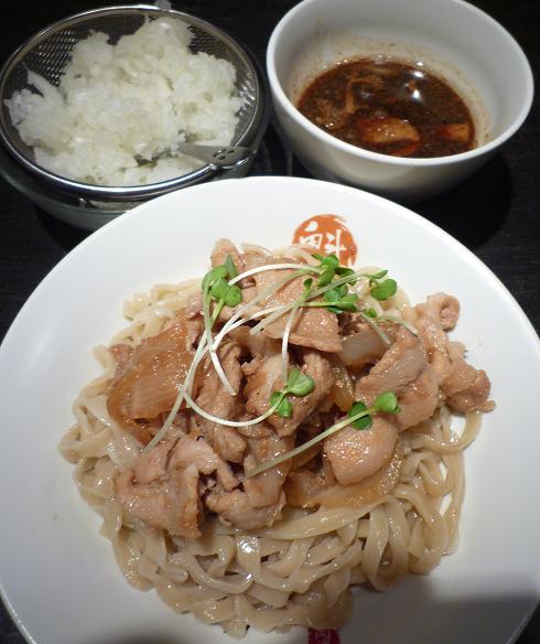 『魁 肉盛りつけ麺 六代目けいすけ』 肉盛りつけ麺(780円)