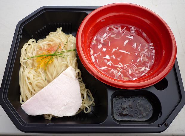 『69'N ROLL ONE × Due Italian @大つけ麺博2010秋』 超純水による塩つけ麺BE COOL!黄金の69(女子盛・700円)