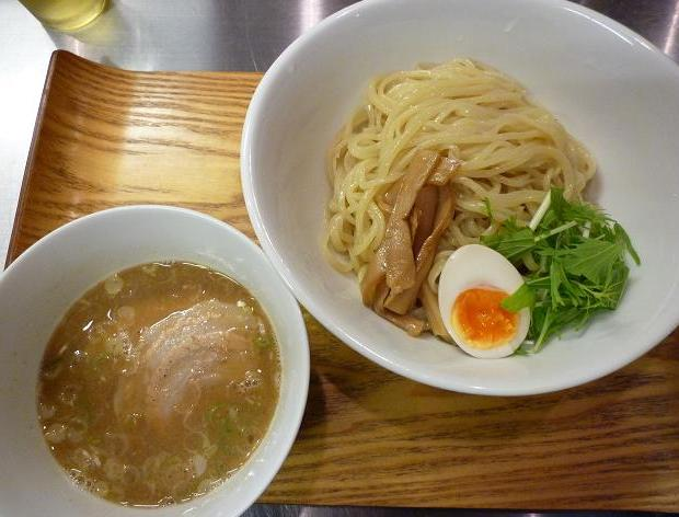 『麺食堂X』 醤油つけ麺(800円)