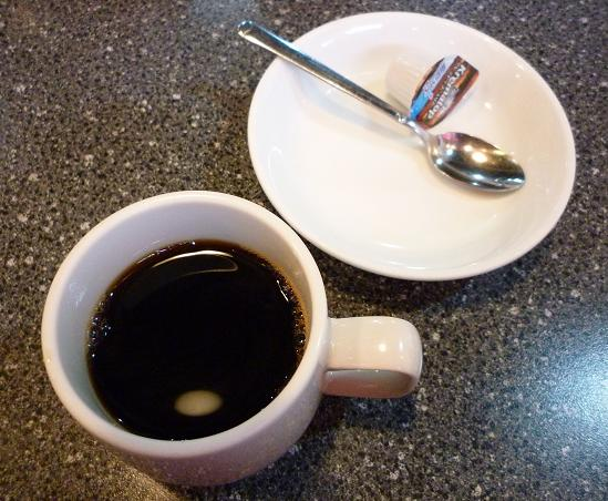 『海華 青砥店』 お昼の定食・チャーシュー麺(炒飯・餃子・デザート・コーヒー付) 食後のホットコーヒー