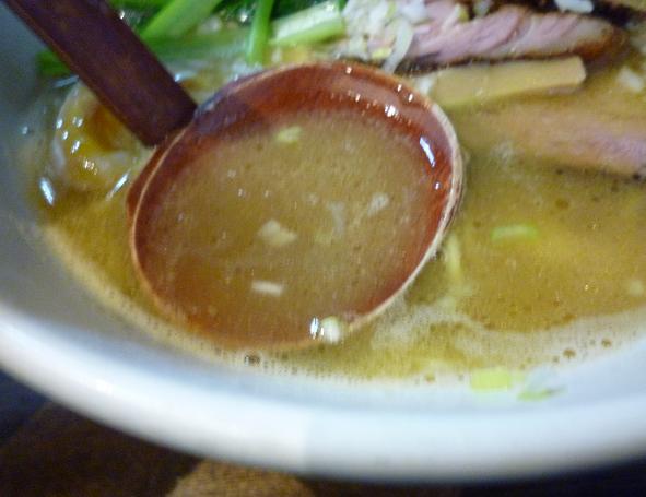 『麺屋 なごみ』 塩白湯麺(スープ)
