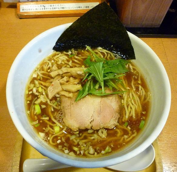 『ら~麺 もぐや』 醤油ら~めん(690円)