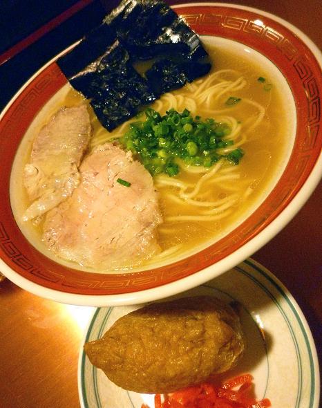 『佐賀ラーメン 美登里』 味自慢ラーメン+稲荷寿司(アップ)