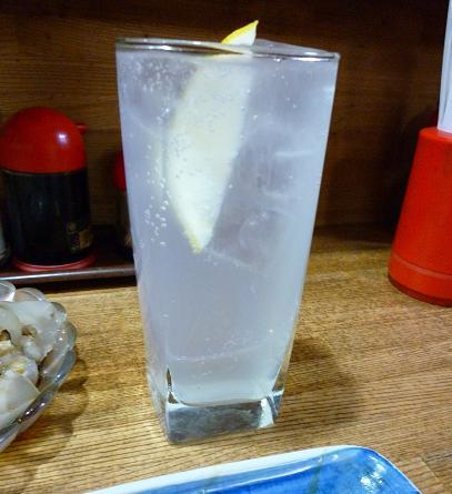 『やきとり居酒屋 鳥精』 レモンサワー(350円?)