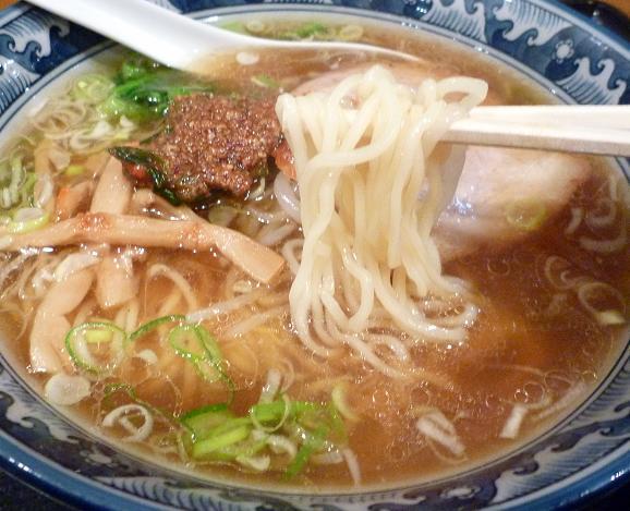 『麺・粥 けんけん』 けんけん香麺(麺リフト)