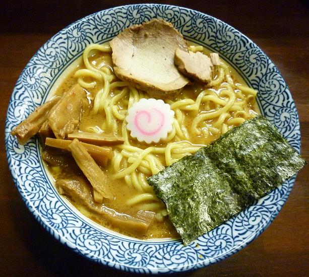 『らぁ麺つけ麺 ふえ木』 濃厚らぁめん(700円)