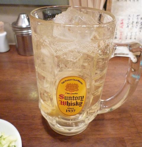 『もつ煮込み専門店 沼田』 ザ・角ハイボール(390円)