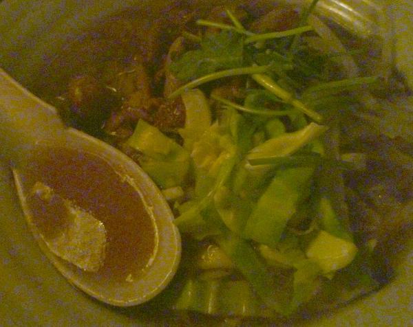 『謎麺』 スープとトッピング(2011年1月21日撮影)