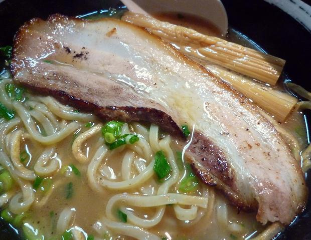 『焼麺 つるぎ(劔)』 焼麺(チャーシュー)