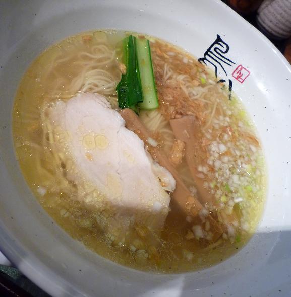 『鳥八(とりや)』 鶏塩支那そば(ランチ・アップ)