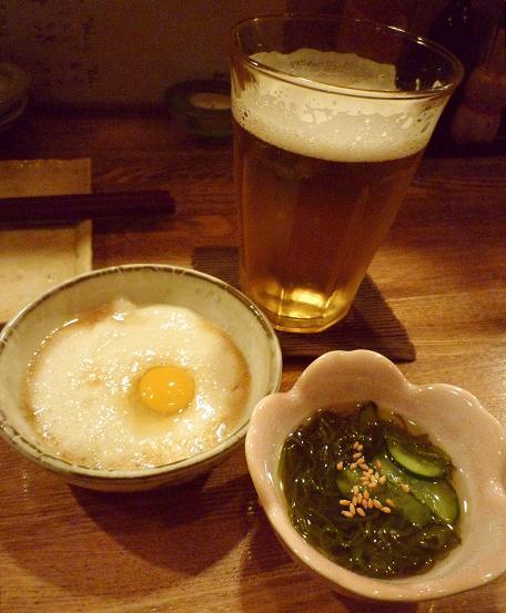 『やき鳥 まさ吉』 お通し2品と生ビール