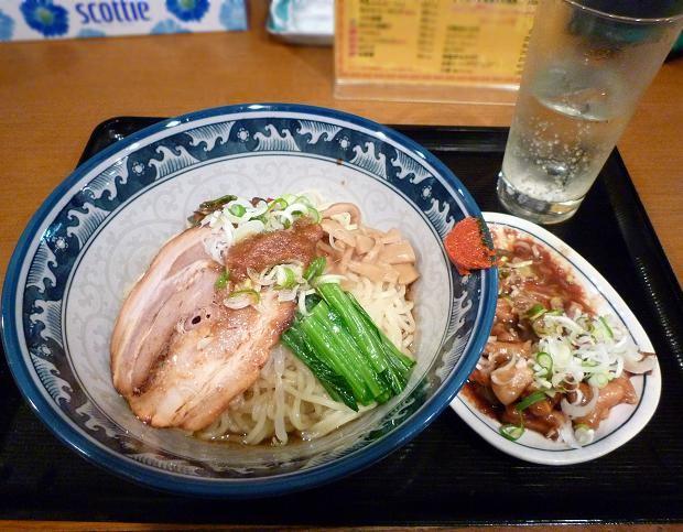 『麺・粥 けんけん』 油香麺・ガッチャン・チューハイ