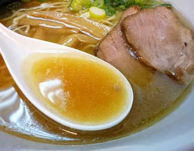 『福の神食堂』 中華そば(スープ)