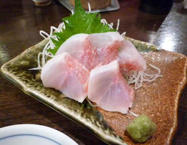 『金町製麺』 青森産メヌキダイの刺身(500円)