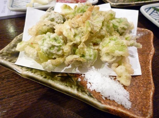 『金町製麺』 フキノトウの天ぷら(350円)