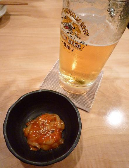 『灯』 お通しと生ビール