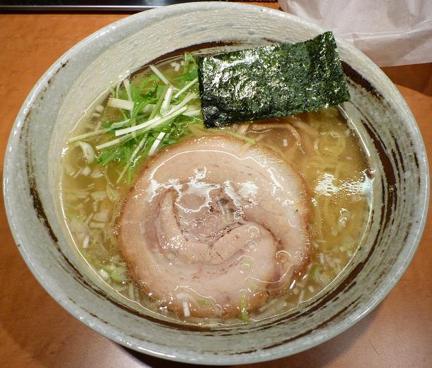 『中華蕎麦 つがい』 塩らーめん(680円)